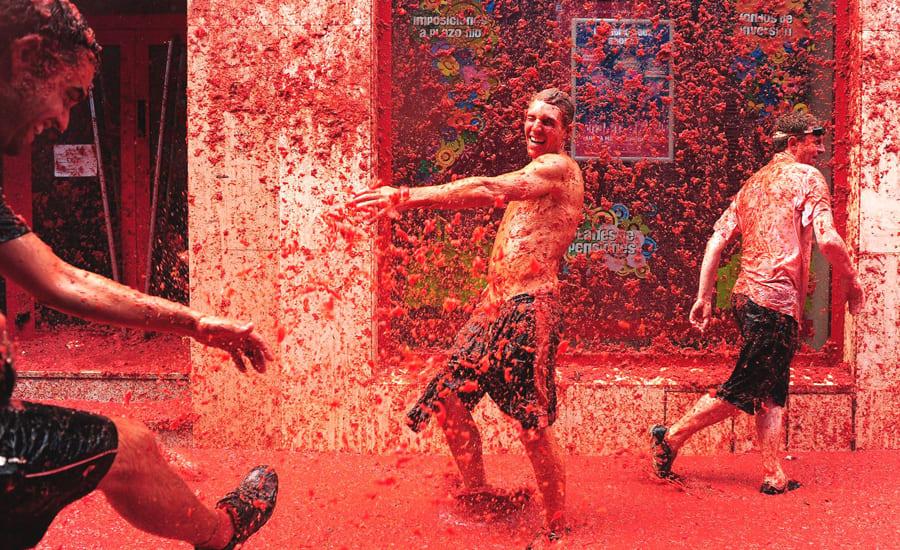 Испанский фестиваль Томатина